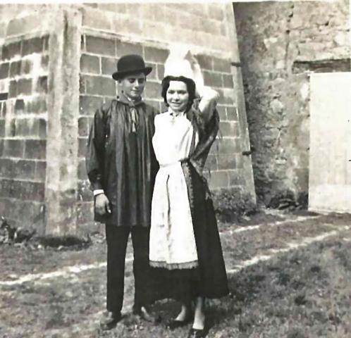 Groupe folklorique La Chapelle Bertrand 1955-1958 - Claudette VIAUD